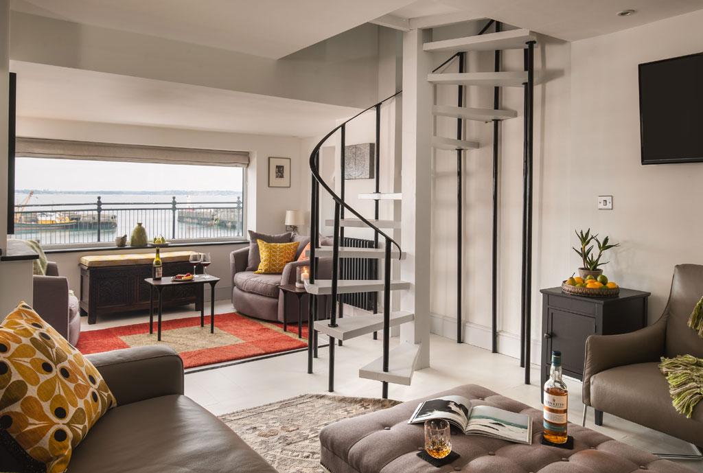 Meris Living Room 05